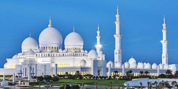Mosque in Abu Dhabi Tour